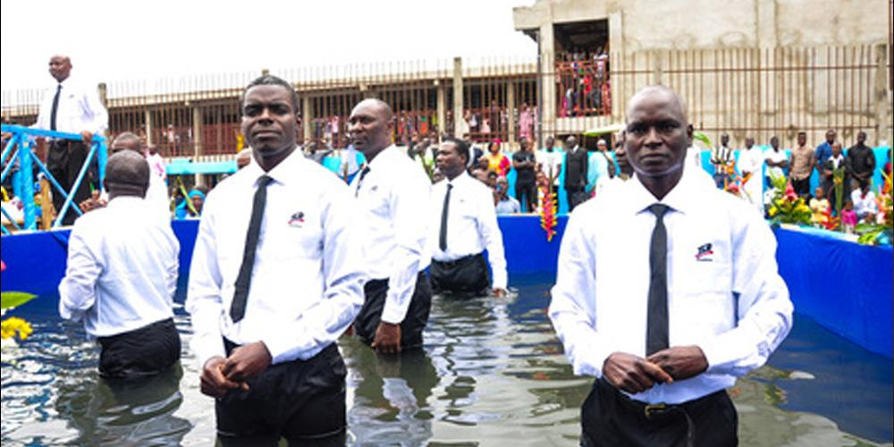 evangelistic-series-results-in-nearly-800-baptisms-in-cameroon | ZomiSDA